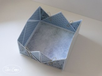 Photo - Napkin Flold Card Box (1)