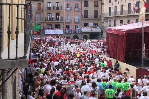 puentelareina fiestas patronales plaza mayor