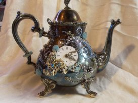 https://www.etsy.com/listing/119027250/taking-tea-with-the-queen-steampunk