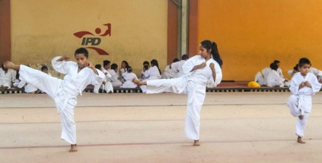 2016 Karatepruefung aktion
