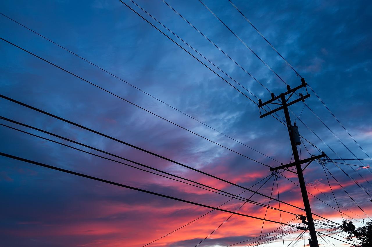 electricity-3137843_1280.jpg