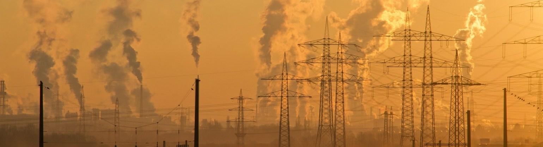 La imagen tiene un atributo ALT vacío; su nombre de archivo es air-air-pollution-climate-change-dawn-221012-3630326041-1589300060396.jpg