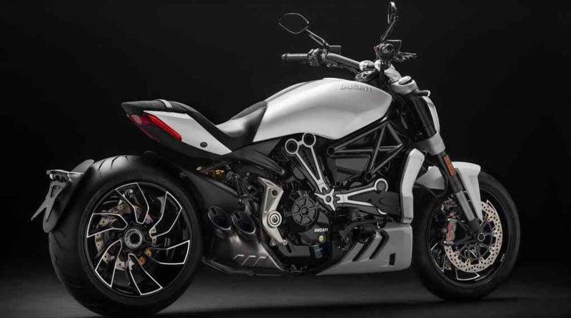 La Ducati XDiavel 2018 se viste de blanco