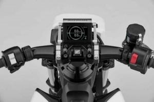 honda-riding-assist-e-3