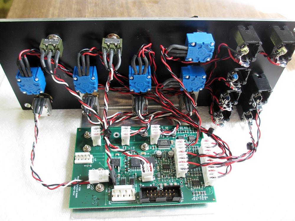 Synthesis Technology E580 Sampling Mini-Delay - Richard Brewster's