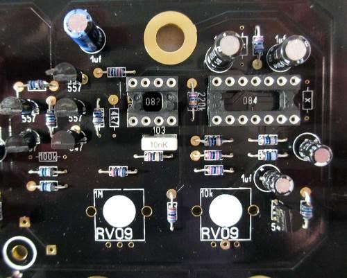 rollz-5-avdog-detail