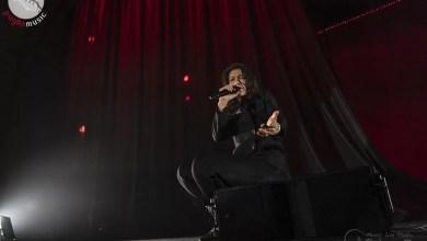 """Photo of [Report&Foto] ELISA si apre al pubblico di Bari con il suo """" Diari Aperti"""" Tour"""