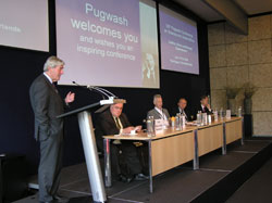 Plenary address by Hon. Ruud Lubbers (Minister of State and former Prime Minister of The Netherlands), with (left to right), Prof. Paolo Cotta-Ramusino, Sverre Lodgaard (Pugwash Council), Justice Richard Goldstone (Previous Chief Prosecutor of the United Nations International Criminal Tribunals for the former Yugoslavia and for Rwanda), and Hon. Joris Voorhoeve (former Dutch Minister of Defense and Chair, Oxfam-Novib Netherlands)