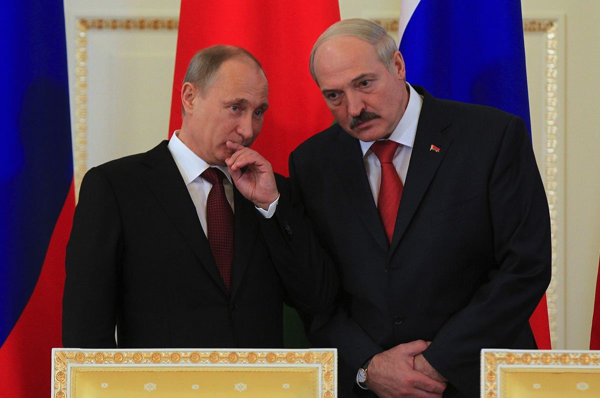"""ANALYSIS: In the shadow of """"Zapad 2017"""" – issues in Russia-Belarus relations"""