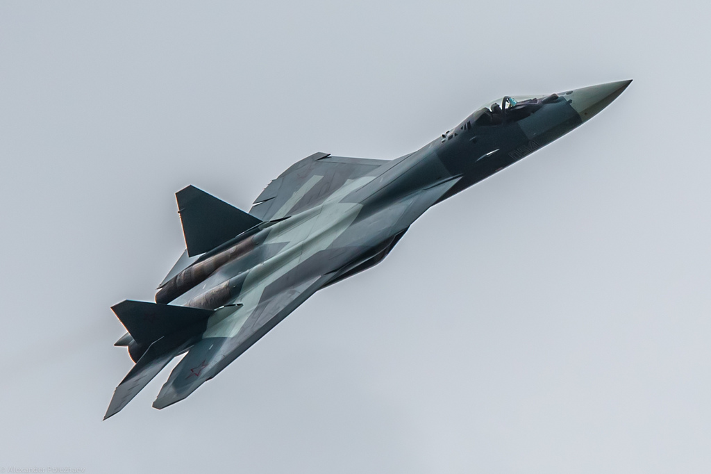 Fifth Generation Aircraft – The Chinese & Russian answer to the Joint Strike Fighter Program