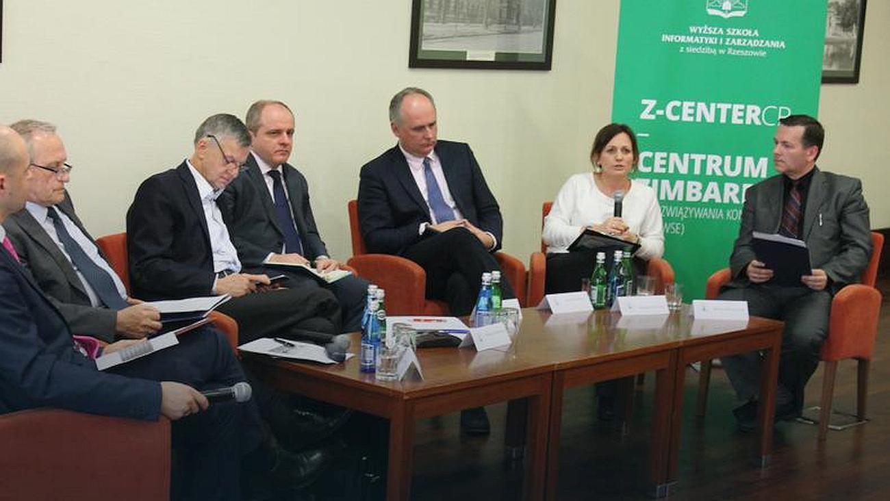 ONET.PL: Jak załagodzić trwający wPolsce konflikt? Debata Centrum Zimbardo iFKP