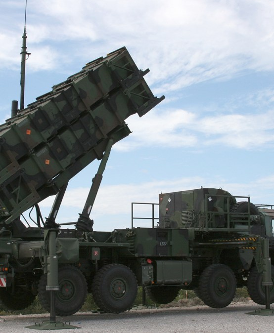 "DEFENSE NEWS | Ekspert FKP Maciej Kowalski: ""Poland air defense: The search for the right missile mix"""