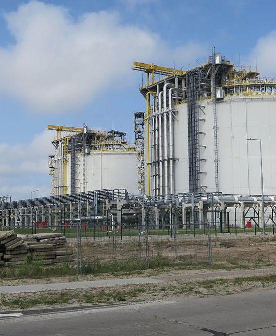 KOMENTARZ: Pierwsze amerykańskie dostawy LNG do Polski