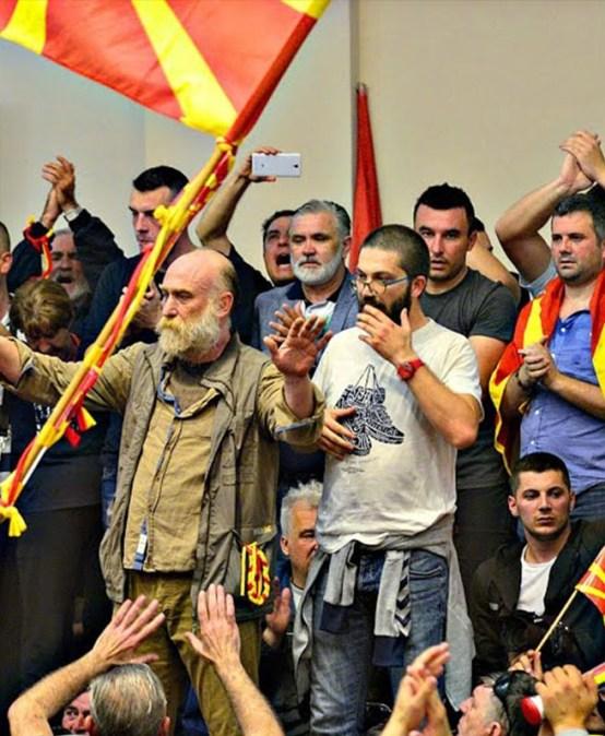ANALIZA: Macedonia znowym rządem – koniec kryzysu
