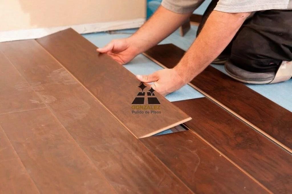ambientación con pisos de madera