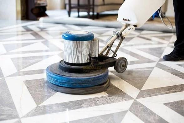 cómo pulir pisos de mármol