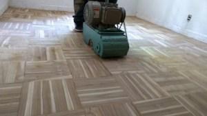 pulido de piso de madera parquet