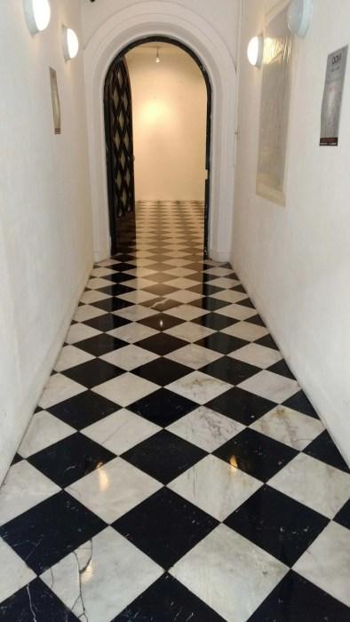 pulido y abrillantado de piso de mármol ajedrez