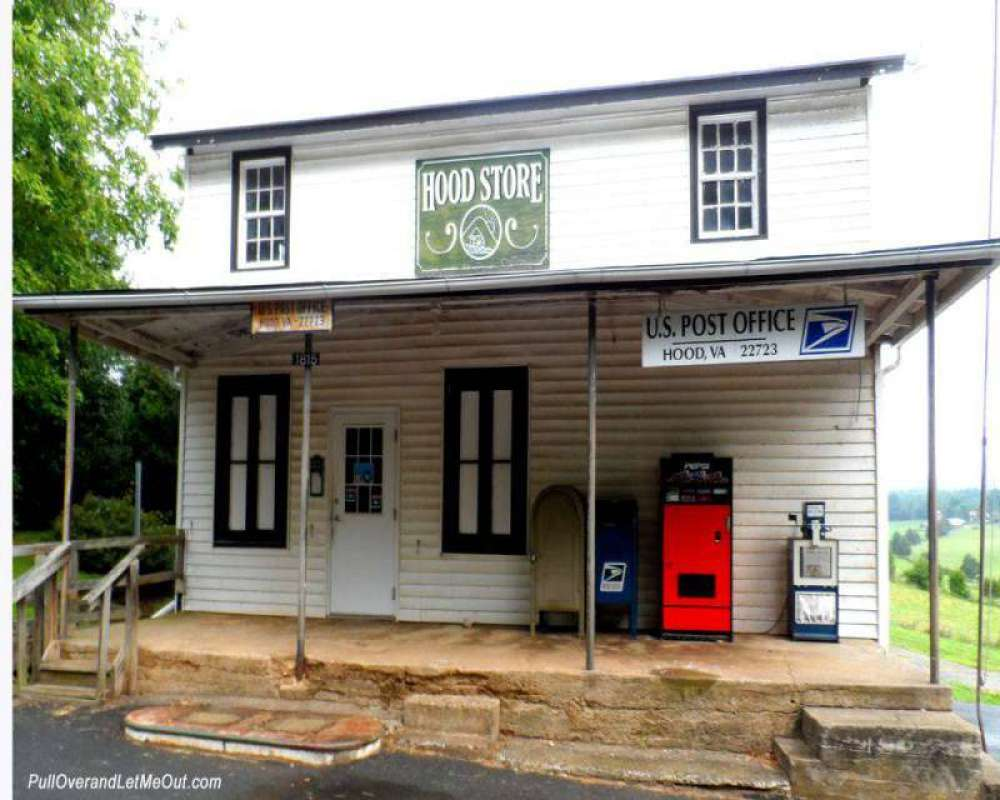 Hood-store-and-post-office