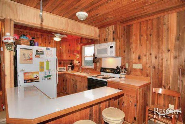 gillam-cottage-kitchen