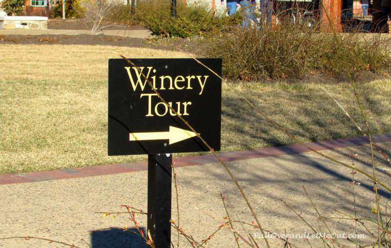sign-Biltmore-Winery---Pull
