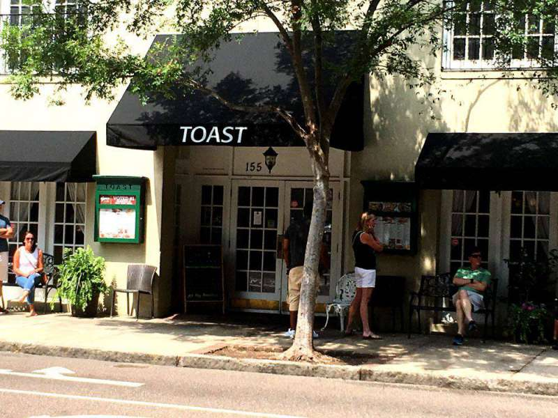 Toast-155-Meeting-St-Charle