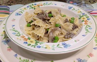 Mushroom and spring pea pasta