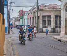 Commuting in Camaguey