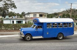 Cuban bus