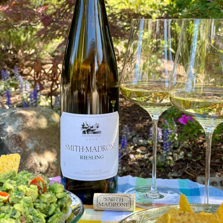 Smith-Madrone 2017 Riesling with guacamole and chips photo