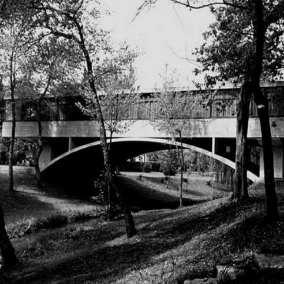 La Casa del Arroyo, mucha historia bajo el puente