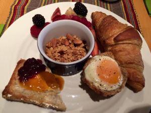 Bowen Breakfast LST