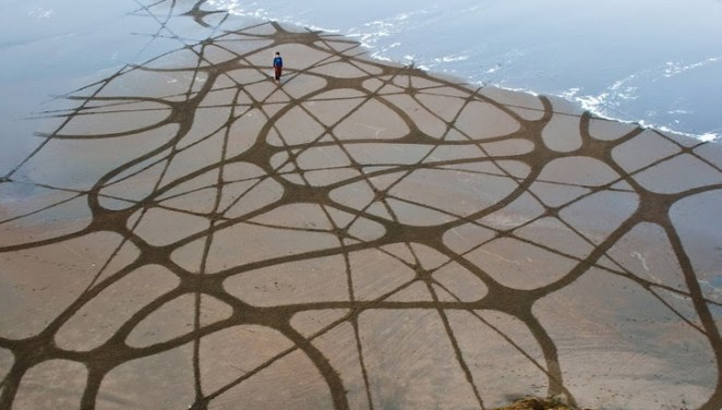 Andres-Amador_Sand-Painting-24