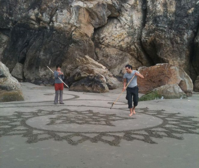 Andres-Amador_Sand-Painting-5