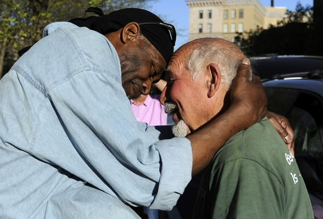 Random Acts Of Kindness That Will Restore Your Faith In Humanity - 19 random acts of kindness that will restore your faith in humanity
