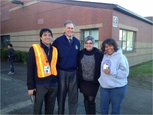 From left: Dr. Jason Mendoza, Gov. Jay Inslee, West Seattle Elementary School principal Vicki Sacco and vice proncipal.