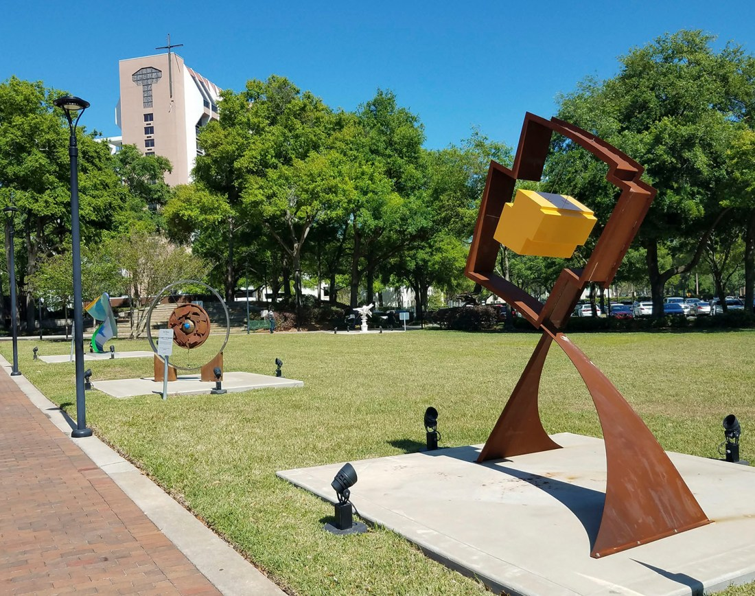 Sculptures on the Lawn 2018 rev