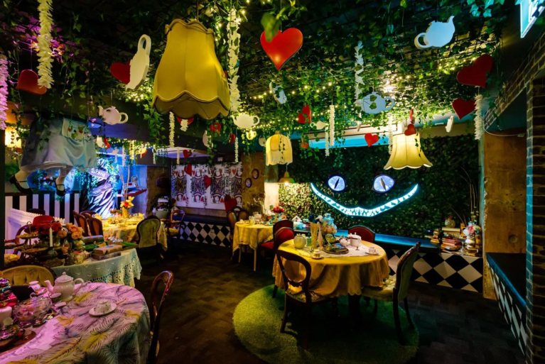 The Alice: An Immersive Cocktail Experience