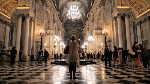 Marveling at St. Pauls' interior - just like this lady