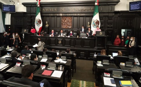 The Senate votes to get rid of fideicomisos.