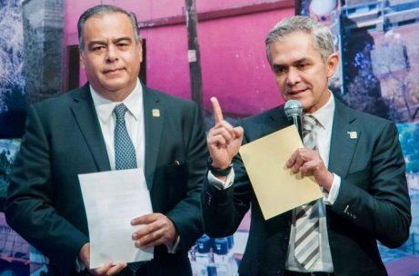 Raymundo Collins with former Mexico City Mayor Miguel Ángel Mancera Espinosa