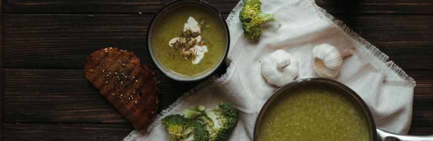 organic broccoli soup and ingredients