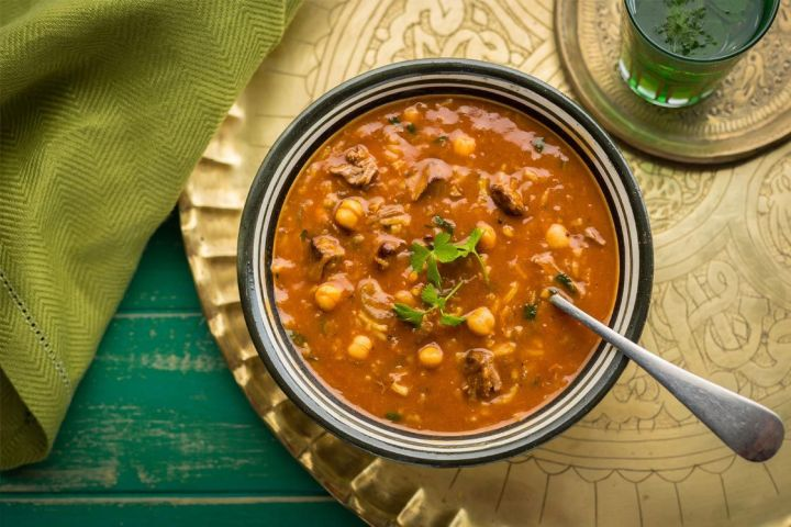 The delicious Harira soup with chickpeas