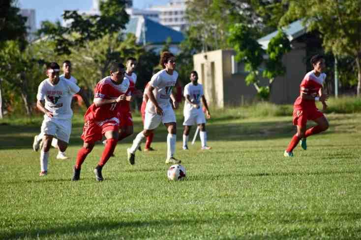 Regresan los Gallitos a la senda victoriosa en el Fútbol LAI