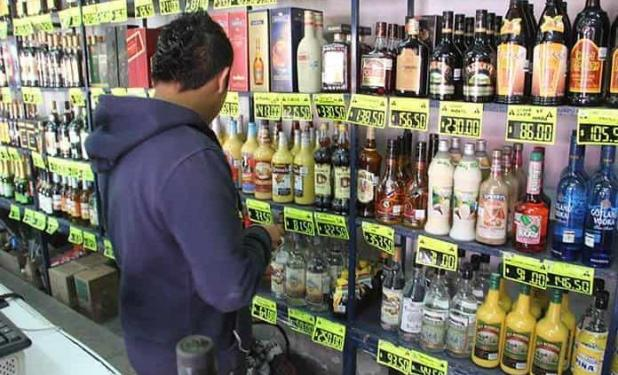 Aprueban ampliación del horario de venta de alcohol