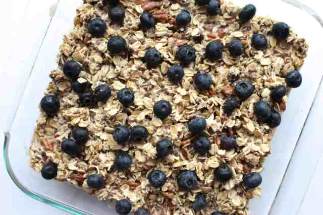 Blueberry Banana Pecan Baked Oatmeal