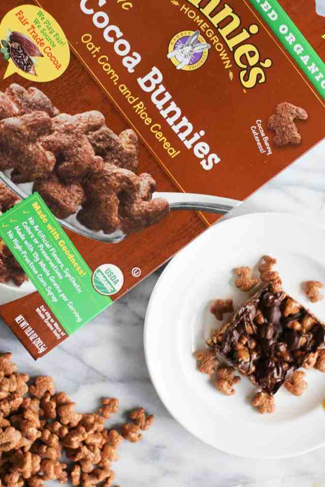 Double Chocolate Peanut Butter Cereal Bars {sponsored by Annie's Organic} // pumpkinandpeanutbutter.com