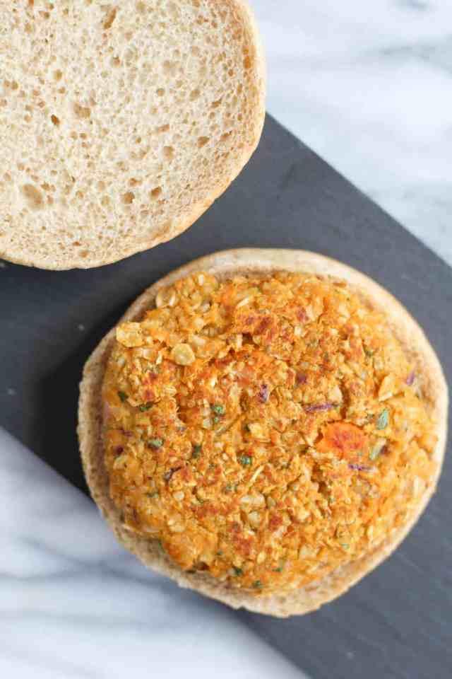 Sweet Potato Chickpea Quinoa Burgers {vegan, gluten free} // pumpkinandpeanutbutter.com