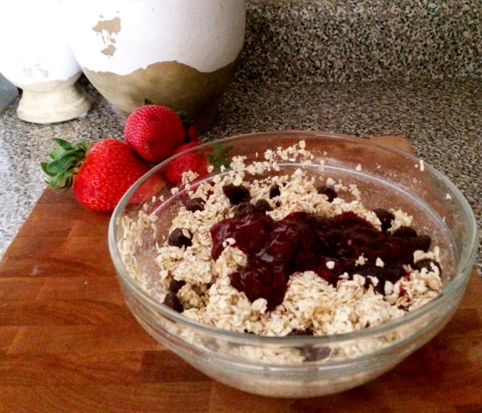no bake muffin oats in bowl blog pic