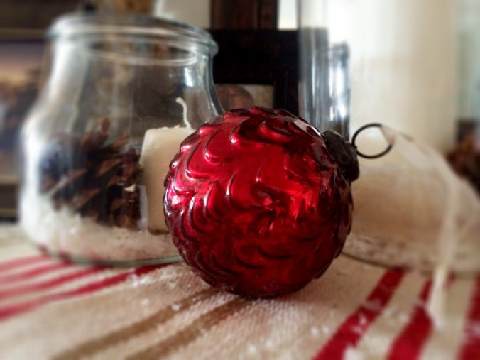 red ornament 2